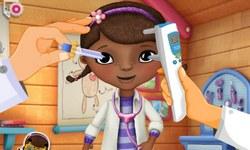 Доктор Плюшева: лечит глаза